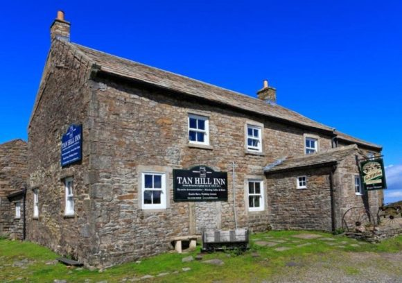 Tan Hill Inn
